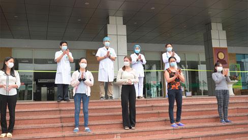 Thêm 5 bệnh nhân Covid-19 được công bố khỏi bệnh, Việt Nam chỉ còn điều trị 40 trường hợp