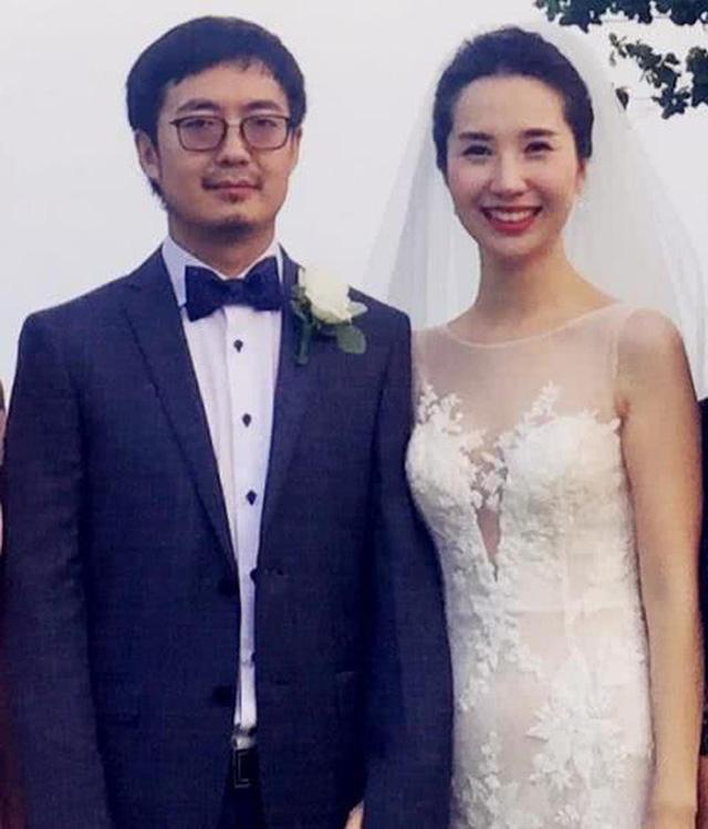 Li kỳ vụ ngoại tình của chủ tịch Taobao: Để Alibaba đầu tư vào công ty bồ nhí, hậu thuẫn người tình bán hàng online trên chính nền tảng của mình, vợ phải công khai dằn mặt 'tránh xa chồng tôi ra'                         -5