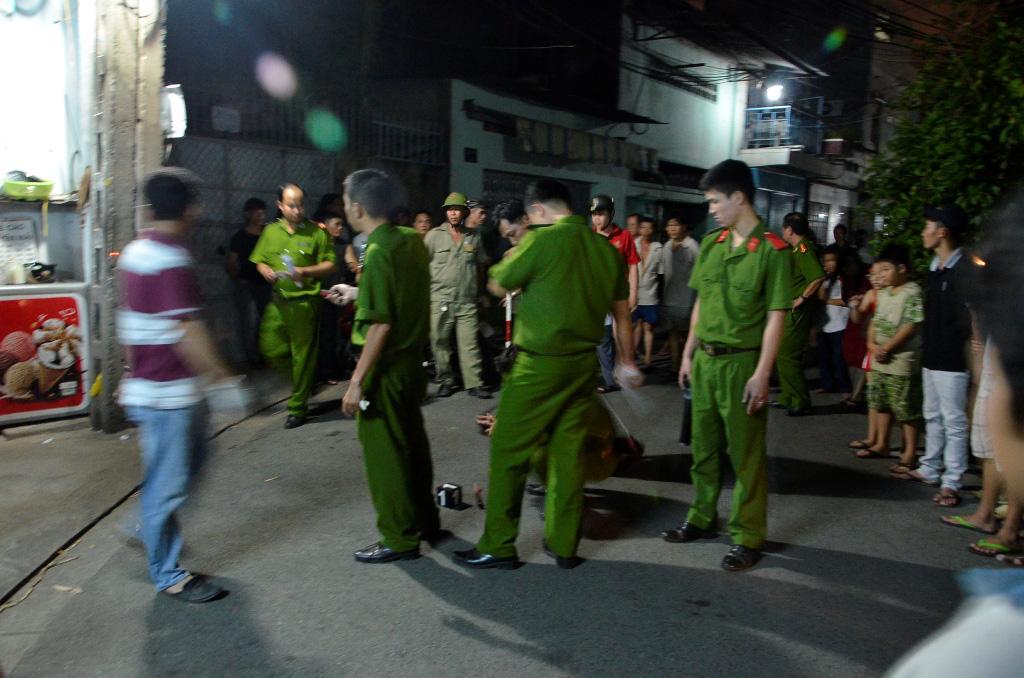 Ngồi uống nước mía, thanh niên bị nhóm bạn cùng bàn đâm tử vong ở Sài Gòn-1