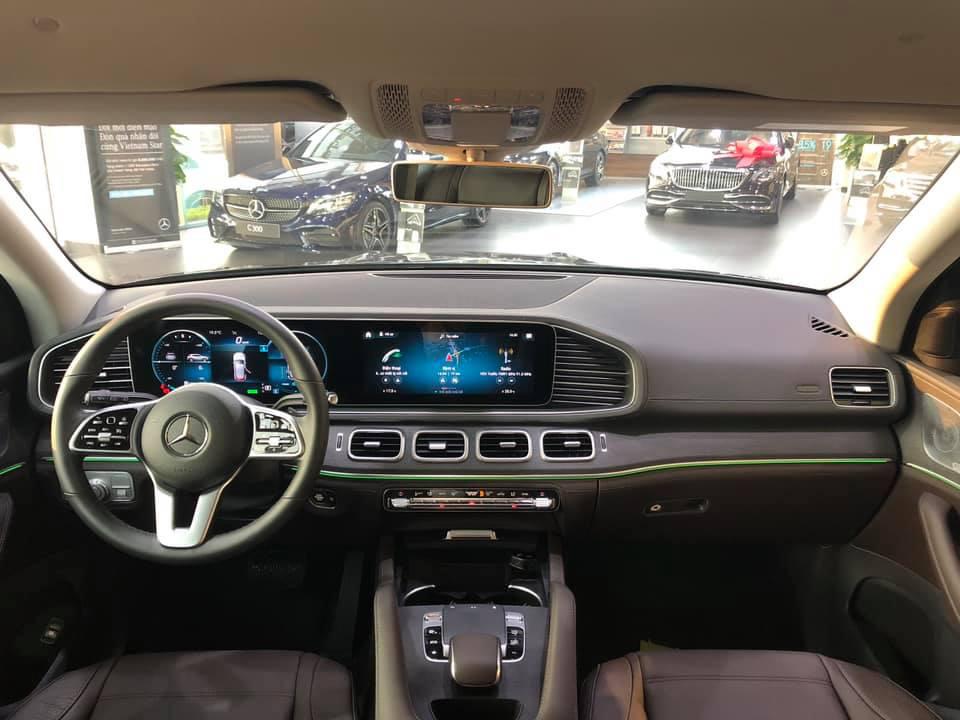 Mercedes-Benz GLE thế hệ mới thanh lý với giá rẻ hơn 600 triệu, ODO vỏn vẹn 1.600km-4