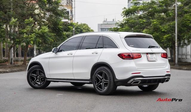 Mua xe chưa lâu đã ra phom mới, dân chơi Hà thành chi 250 triệu đồng lột xác Mercedes-Benz GLC 200 cũ thành GLC 300 AMG 2020-17