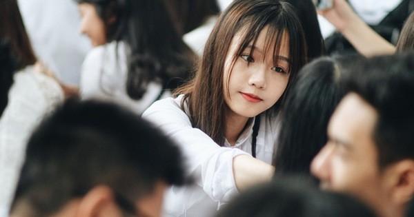 Sáng nay, 36 tỉnh thành chính thức cho học sinh quay lại trường học