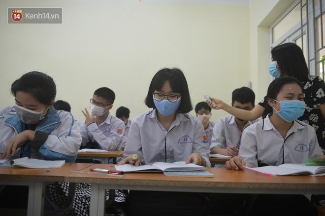 Sáng nay, 36 tỉnh thành chính thức cho học sinh quay lại trường học-4