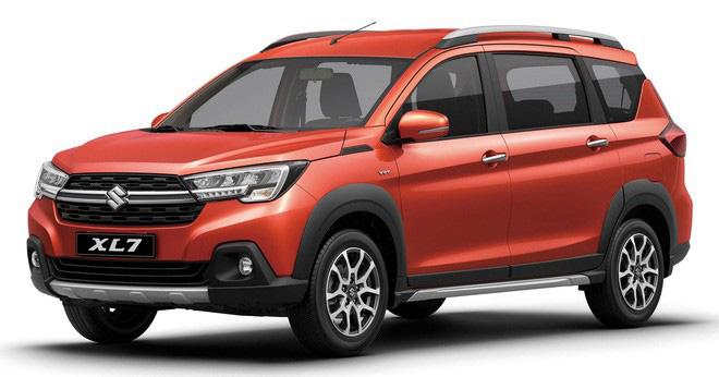 Suzuki XL7 so kè Mitsubishi Xpander - Xe 7 chỗ bình dân đua lấy lòng khách Việt bằng giá bán và trang bị-1