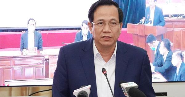 """Bộ trưởng Đào Ngọc Dung: Nếu """"đụng"""" đến gói hỗ trợ 62.000 tỷ đồng sẽ là nỗi nhục của các đồng chí cán bộ"""