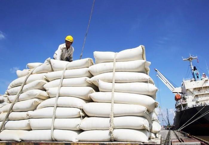 Bộ Công Thương kiến nghị bỏ hạn ngạch, cho xuất khẩu gạo bình thường từ 1/5-1