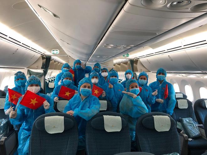 Đại diện Vietnam Airlines: Toàn bộ người lao động sẵn sàng tạm ngừng việc hoặc đi làm mà không hưởng lương-1