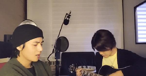"""Rảnh rỗi ở nhà, V (BTS) nghêu ngao, """"tự biên tự diễn"""" hát vài câu mà sáng tác ra ca khúc tiếng Anh cực bắt tai ngay tại chỗ"""