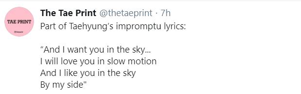 """Rảnh rỗi ở nhà, V (BTS) nghêu ngao, tự biên tự diễn"""" hát vài câu mà sáng tác ra ca khúc tiếng Anh cực bắt tai ngay tại chỗ-2"""