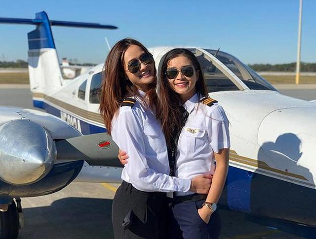 Nhan sắc quyến rũ của nữ diễn viên Việt quyết tâm bẻ lái làm phi công hãng hàng không Bamboo Airways-4