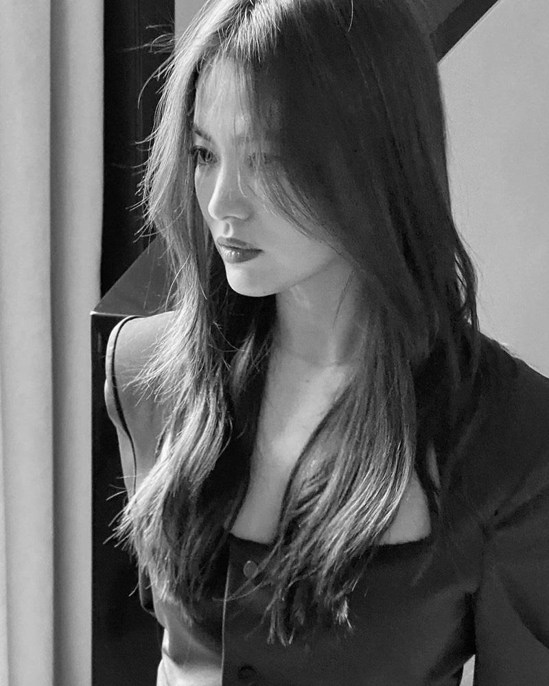 Ly hôn Song Joong Ki, Song Hye Kyo ngày càng thay đổi bản thân theo chiều hướng trái ngược quá khứ-9