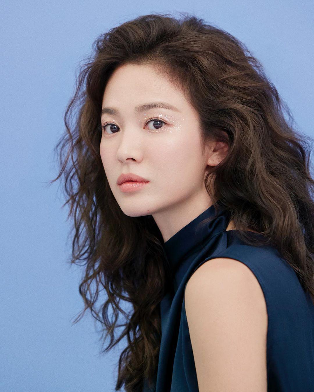 Ly hôn Song Joong Ki, Song Hye Kyo ngày càng thay đổi bản thân theo chiều hướng trái ngược quá khứ-11