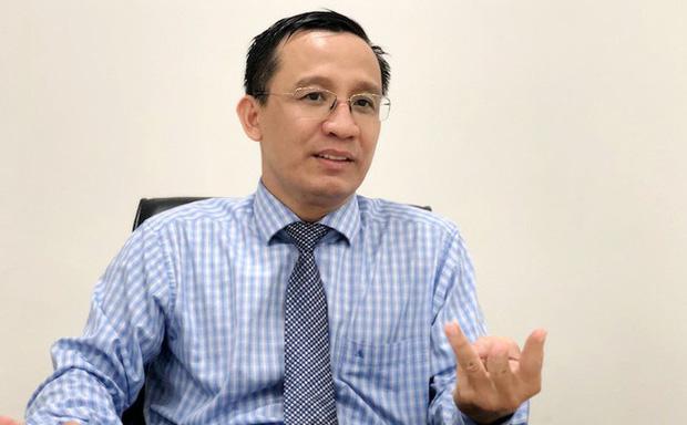 Vụ Tiến sĩ Bùi Quang Tín rơi lầu tử vong: Công an khám nghiệm lại hiện trường