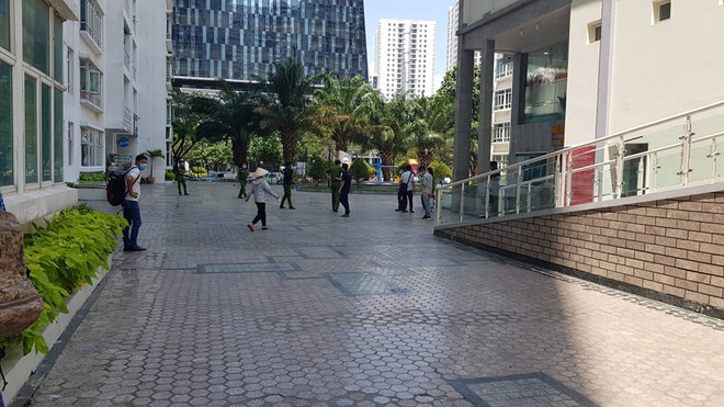 Vụ Tiến sĩ Bùi Quang Tín rơi lầu tử vong: Công an khám nghiệm lại hiện trường-1