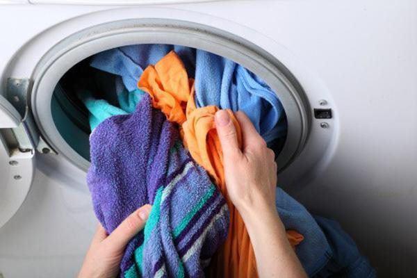 Những sai lầm khi dùng khiến máy giặt ngốn điện hơn cả điều hòa-2