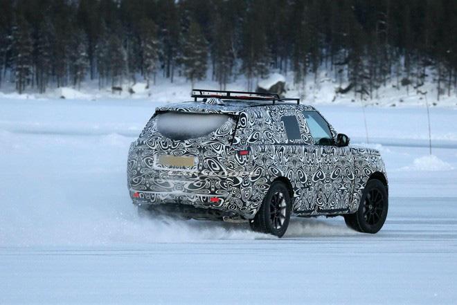 SUV hạng sang Range Rover thế hệ mới đang được gấp rút hoàn thiện-3