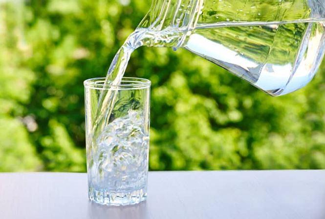 Không ăn kiêng hay luyện tập vất vả, cân nặng vẫn giảm với lịch uống nước 7 khung giờ-2