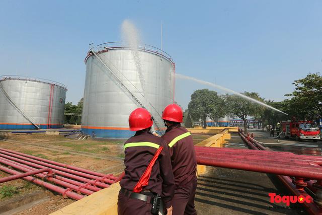 Kiểm tra an toàn phòng cháy chữa cháy tại Tổng kho xăng dầu Đức Giang-9