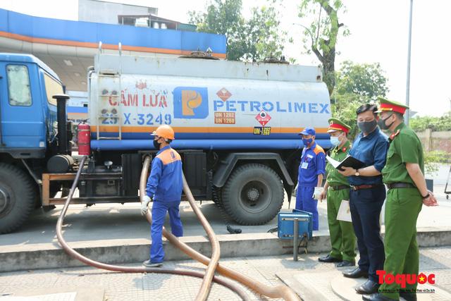 Kiểm tra an toàn phòng cháy chữa cháy tại Tổng kho xăng dầu Đức Giang-15