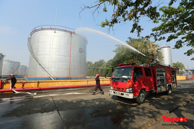Kiểm tra an toàn phòng cháy chữa cháy tại Tổng kho xăng dầu Đức Giang-6