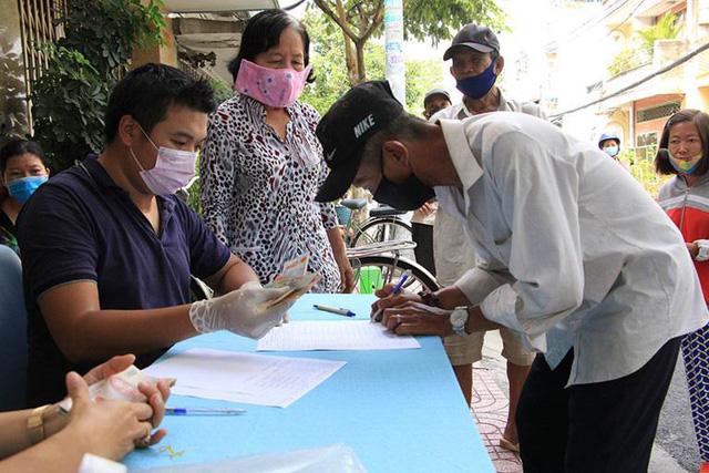 Bắt đầu từ ngày 29/4: Hà Nội hỗ trợ hơn 500 tỷ đồng cho 4 nhóm đối tượng bị ảnh hưởng bởi dịch COVID-19 -1