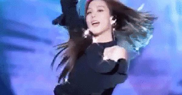 Chỉ với 20 giây khoe visual xinh đẹp long lanh, Jisoo (BLACKPINK) đưa ca khúc 5 năm tuổi lên thẳng no.1 các bài hát đang viral nhất tại Việt Nam?