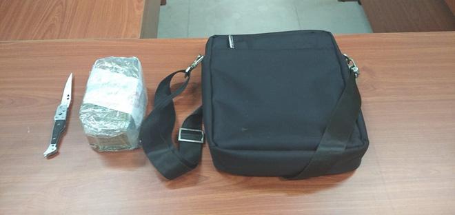 2 thanh niên cướp giật túi xách chứa hơn 120 triệu đồng của người phụ nữ ở chợ Bình Điền-3