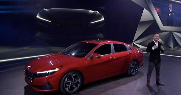 Hyundai Elantra đã đẹp, bản hiệu suất cao N Line sắp ra mắt còn đẹp hơn trong teaser mới nhất