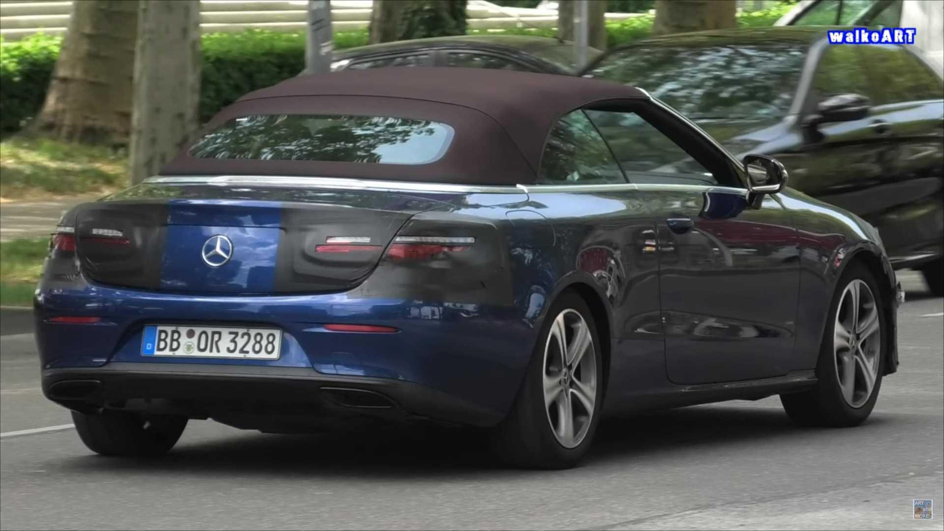 Mercedes-Benz E-Class mui trần lần đầu lộ diện trên đường phố-3