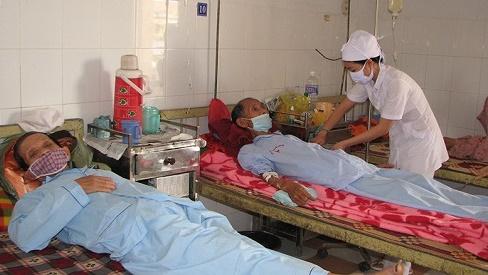 Bệnh lao phổi ở người cao tuổi: Những vấn đề cần quan tâm trong chăm sóc và điều trị