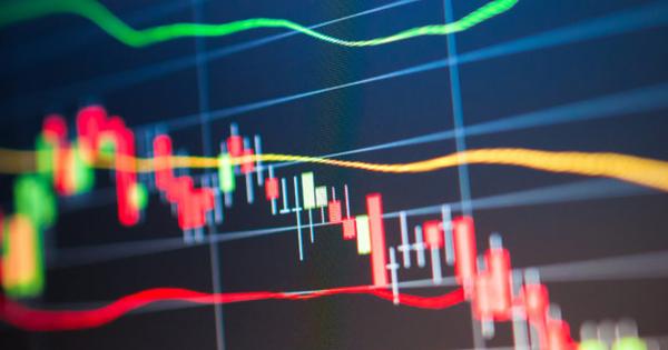 HPG, HBC, MBB, PTB, SBT, TDH, CCL, DBC, DTT: Thông tin giao dịch lượng lớn cổ phiếu