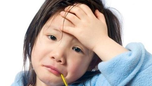 Cách tăng cường sức đề kháng hiệu quả để phòng bệnh mùa hè cho trẻ