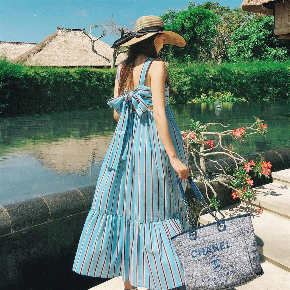 5 kiểu váy hai dây mát rượi, diện lại sang chảnh hết mức trong ngày hè nắng nóng-25