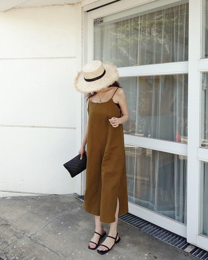 5 kiểu váy hai dây mát rượi, diện lại sang chảnh hết mức trong ngày hè nắng nóng-4