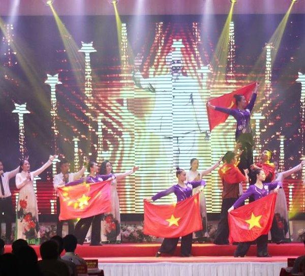 Nghệ An long trọng tổ chức lễ kỷ niệm 130 năm ngày sinh Chủ tịch Hồ Chí Minh