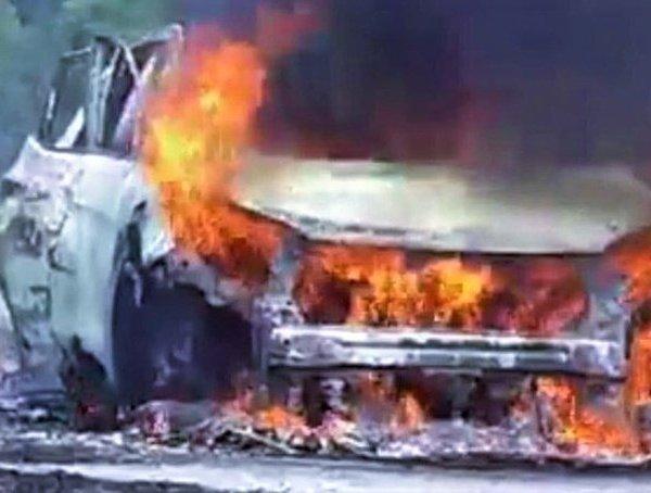 Xe Hyundai Santafe bốc cháy giữa đường, tài xế bỏng nặng