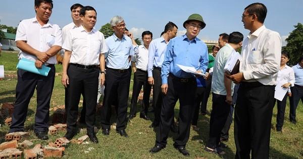 """""""Phải nói không với việc phân lô đất nông nghiệp để xây nhà không phép, trái phép và chuyển nhượng nhà trái phép"""""""