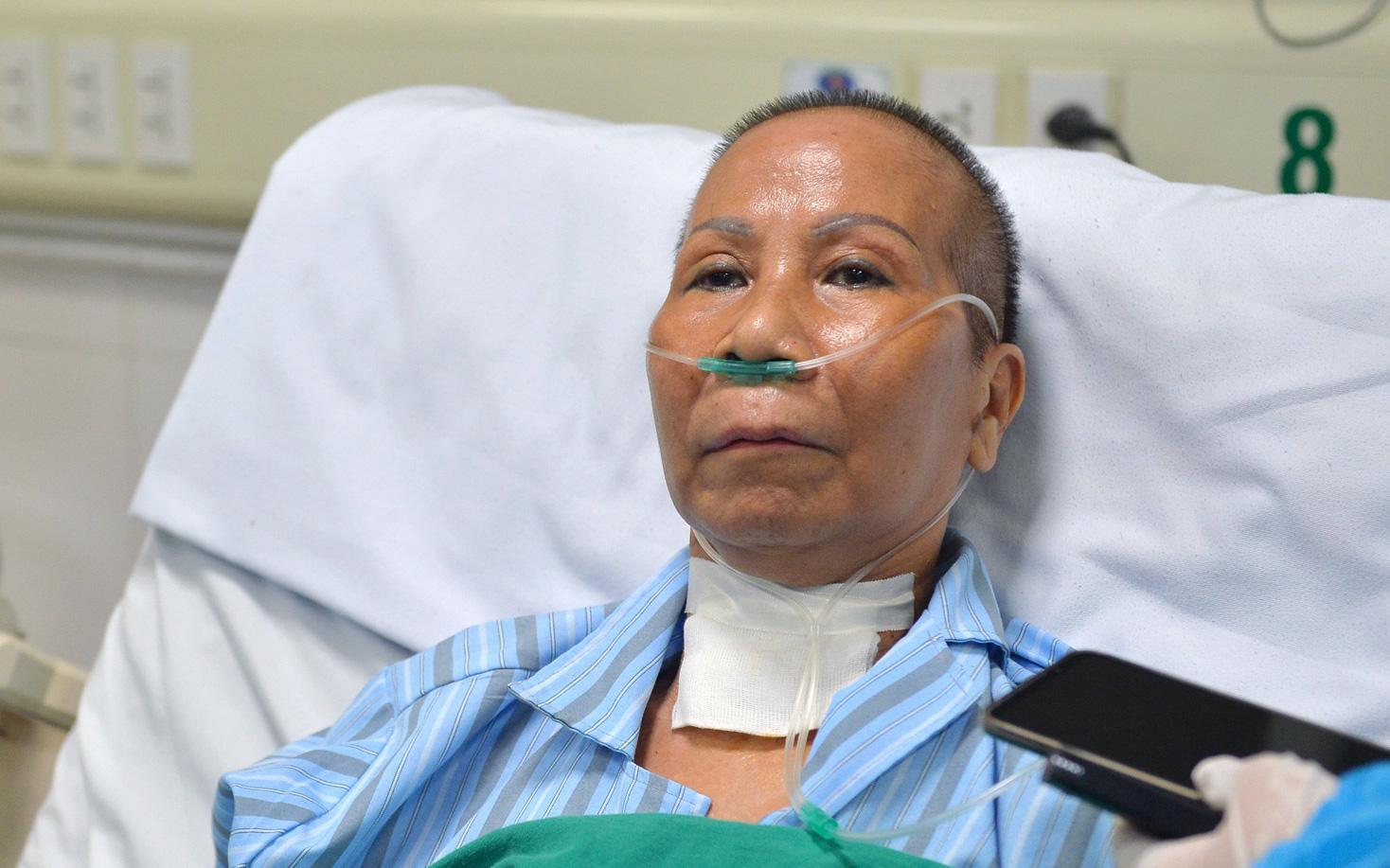 Đêm cứu sống bác gái bệnh nhân 17 khỏi