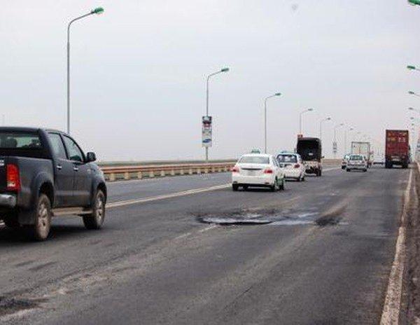 Đầu tư 35 tỷ đồng lắp cân tự động, phạt nguội xe quá tải qua cầu Thăng Long