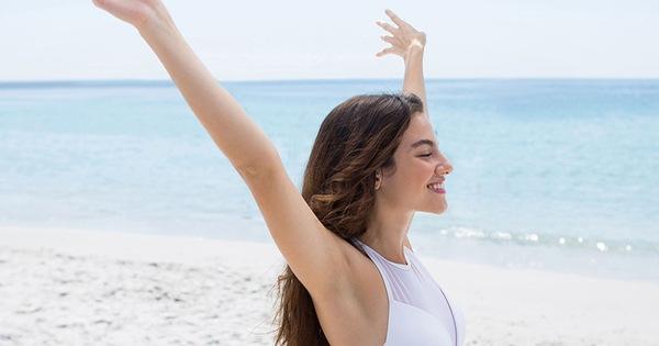 Đây là 5 cách có thể làm để ngăn mồ hôi nách ra quá nhiều khiến chị em ngại ngùng trong mùa hè
