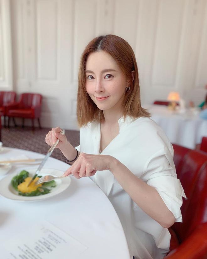Từ 52kg xuống 45,9kg trong 3 tháng: cô gái Hồng Kông chia sẻ bí quyết ăn uống, tập tành nhanh gọn để tạo ra cơ bụng hoàn hảo-11