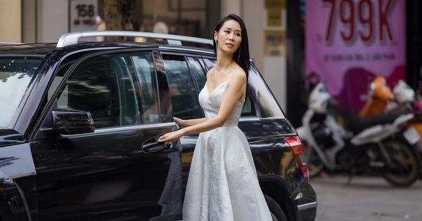 Hoa hậu Dương Thùy Linh tốn 600 triệu/năm cho con học