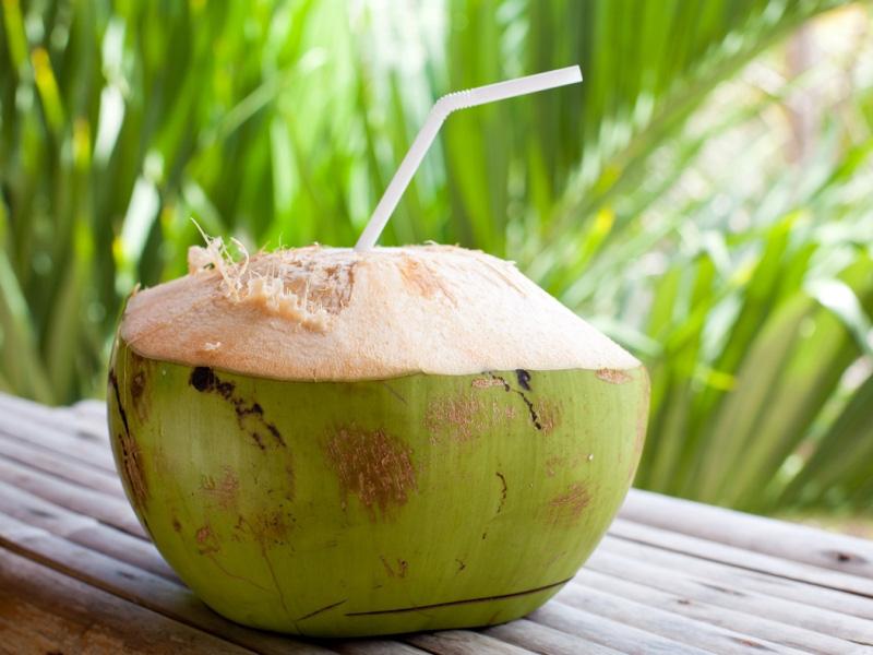 Phụ nữ chăm uống nước dừa vào mùa hè sẽ vừa giảm cân, đẹp da lại nhận được hàng loạt tin vui cho sức khỏe mà thuốc bổ cũng khó làm được-4