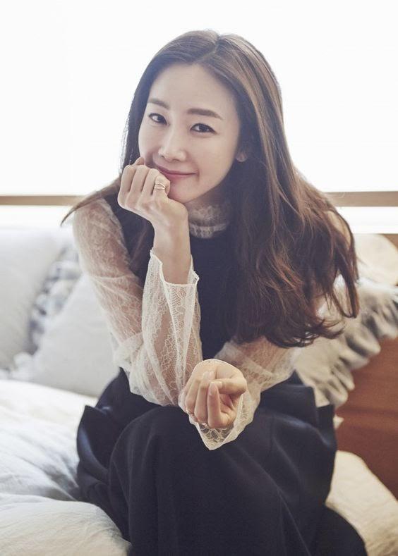 Choi Ji Woo ở tuổi 44 và mang thai vẫn thon thả, nước da trắng hồng, thì ra bí quyết là đây-5
