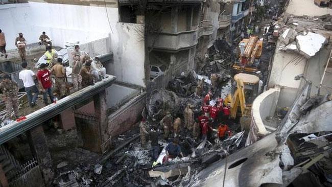 Lời cuối của cơ trưởng vụ rơi máy bay khiến gần 100 người chết ở Pakistan