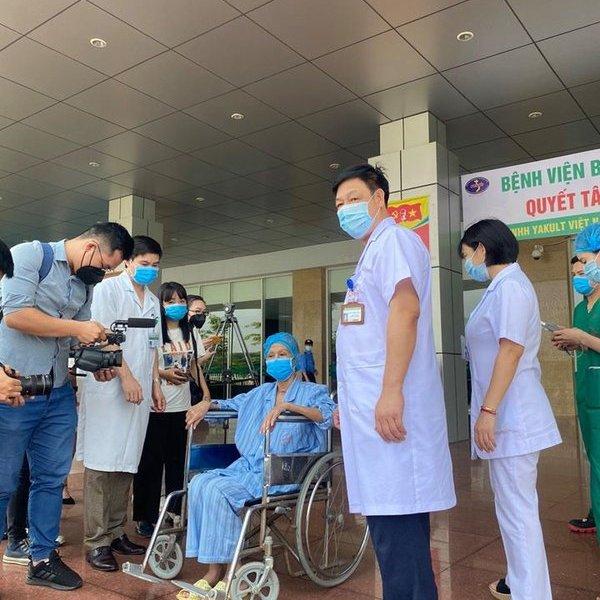 BN19 cùng 5 bệnh nhân khác được công bố khỏi bệnh Covid-19