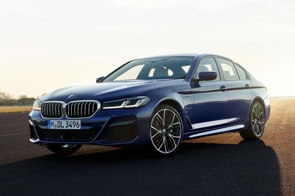 BMW 5-Series 2021 ra mắt: thêm tuỳ chọn động cơ, bổ sung trang bị                                            -1