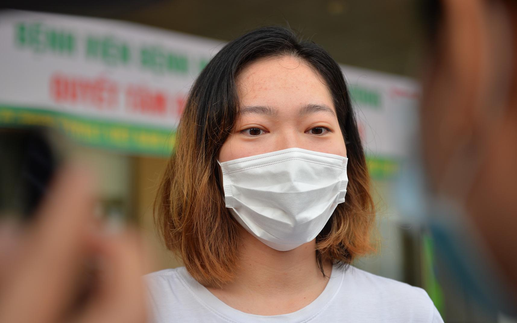 Nữ du học sinh nhiễm Covid-19 được công bố khỏi bệnh sau 18-20 lần xét nghiệm dương tính, âm tính phức tạp