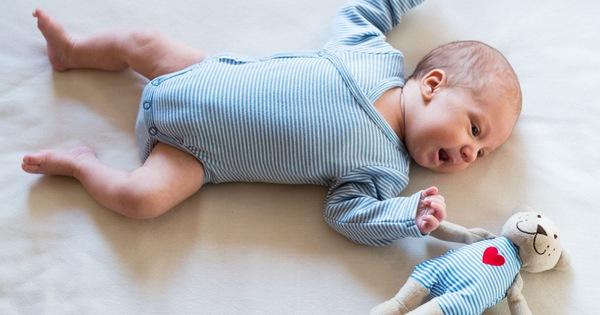 7 món đồ nhiều bố mẹ đổ xô mua nhưng thực sự không hề cần thiết cho bé trong năm đầu đời