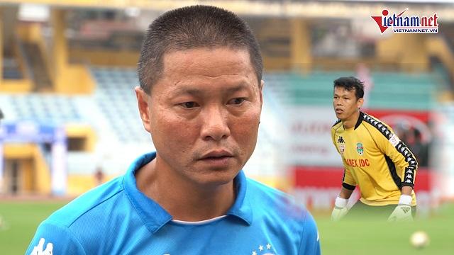 """Hà Nội FC bất ngờ """"săn đón"""" thủ môn đội tuyển quốc gia Tấn Trường"""